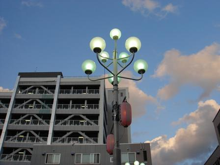 町の空を見上げて_a0014840_01129.jpg