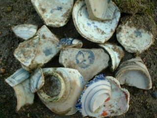 陶片はどんな場所にあるか_f0133749_1730518.jpg