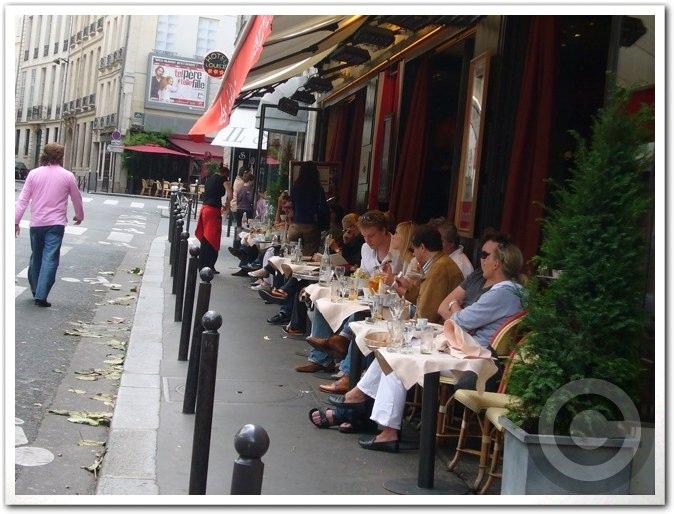 ■街角のキャフェ(パリ)_a0014299_18434185.jpg