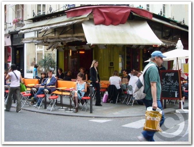 ■街角のキャフェ(パリ)_a0014299_1843514.jpg