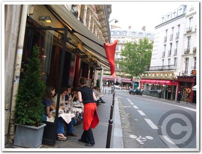 ■街角のキャフェ(パリ)_a0014299_18435725.jpg
