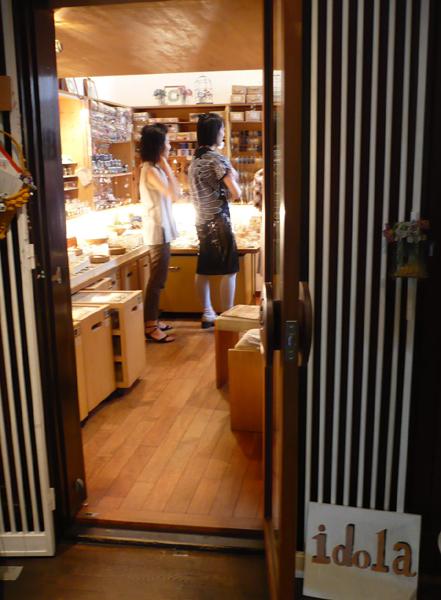 idolaの店内ご案内_b0113743_20321512.jpg