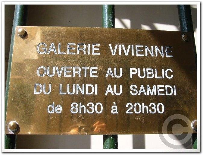 ■Galerie Vivienne(パッサージュ)_a0012223_21204563.jpg