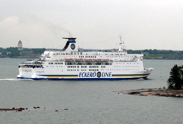 船の旅 (6月21日) ヘルシンキ  ①_e0098241_15481511.jpg