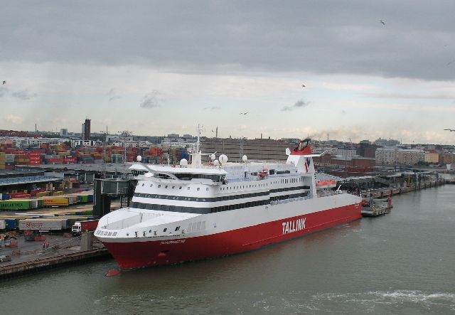 船の旅 (6月21日) ヘルシンキ  ①_e0098241_1550195.jpg