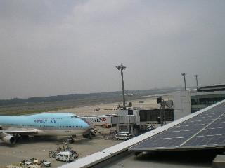 成田に見送り_c0118352_00083.jpg