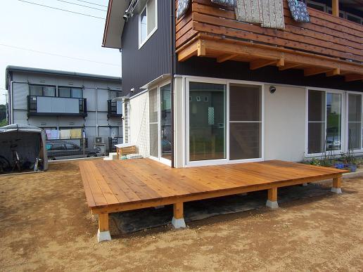小砂の家 サンデッキ工事完了_a0039934_18423031.jpg