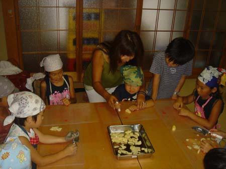 野菜とり、お昼ご飯づくり_e0074935_5494718.jpg