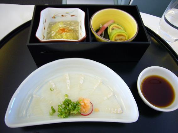 8月1日(水)成田→パリ/機内食&夕食_b0025511_15213965.jpg