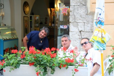 Ventimigliaの旧市街 (+嫉妬小話)_f0090286_12113734.jpg