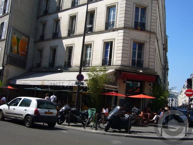 ■街角のキャフェ(パリ)_a0014299_5303723.jpg