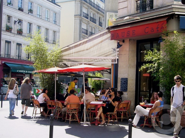 ■街角のキャフェ(パリ)_a0014299_5305372.jpg