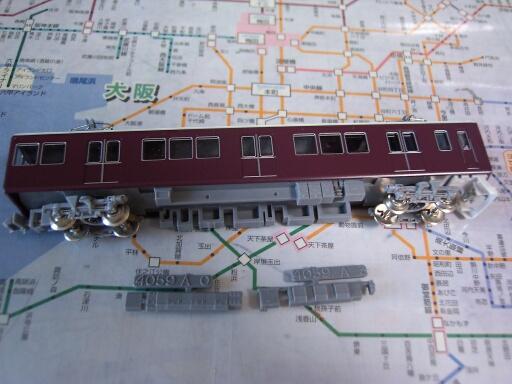 やけに早いお届け物―GM阪急8000/8300系 1次車―_f0037227_239092.jpg
