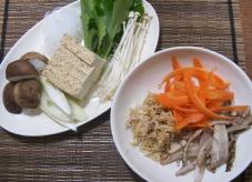 根菜がメインのすき焼き_c0031486_11532576.jpg