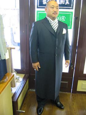 お客さまの洋服紹介です。_b0081010_1905369.jpg