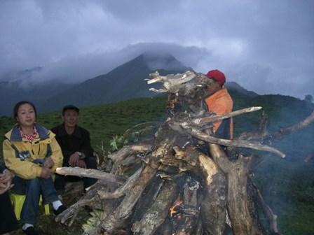 中国、四川省、三奥雪山登山報告  参加11名。_d0007657_18101484.jpg