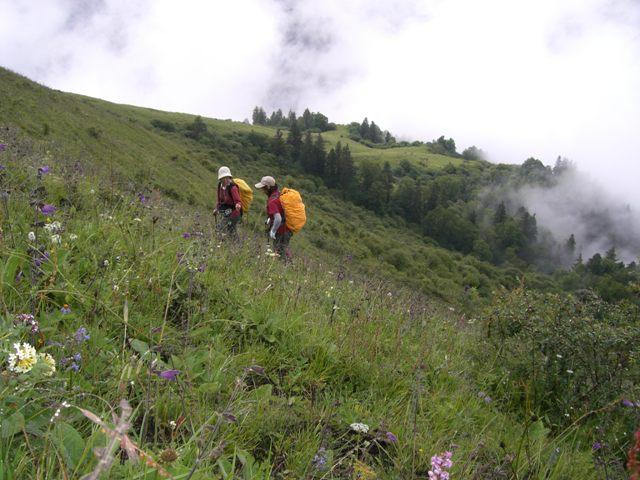 中国、四川省、三奥雪山登山報告  参加11名。_d0007657_1841317.jpg