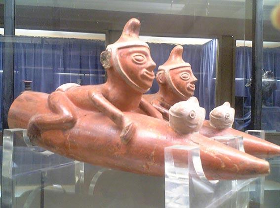 ペルー:天野博物館(土器、彩土器その1)_c0125114_3372766.jpg