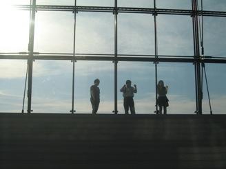 295)モエレ沼公園・ガラスのピラミッド内 「藤谷康晴ライブ・ドローイング」・終了8月12日(日)_f0126829_16481257.jpg