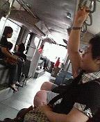 乗り物の中のよくある風景_d0087642_22525965.jpg