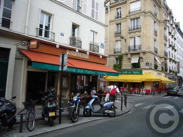 ■街角のレストラン(パリ)_a0014299_702445.jpg