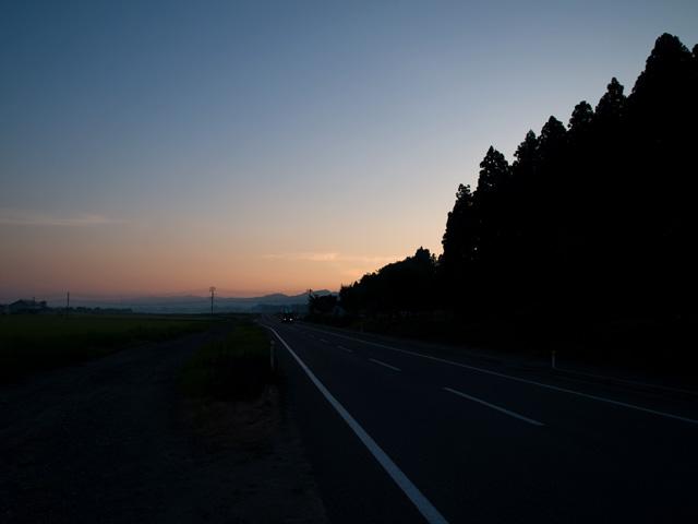 夜明け_b0021375_2334236.jpg
