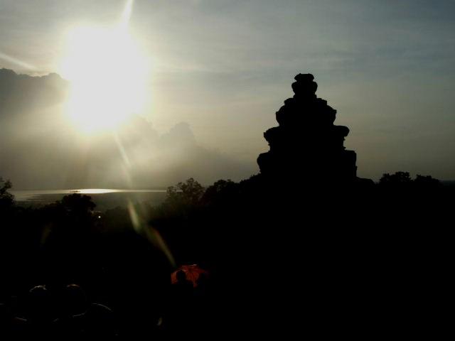 カンボジア&ベトナムから帰国_c0011649_0282925.jpg