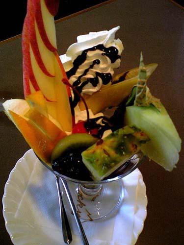 チョコレートパフェ 「喫茶 ロッキー」 @ 加古川_e0024756_215592.jpg