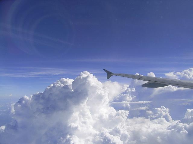 空の向こう・・・_c0011649_6561296.jpg