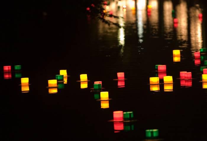 灯篭流し_b0074098_649589.jpg