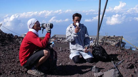 07.08.21 富士山ハイキングヤッホーヤッホー!_a0062810_850524.jpg