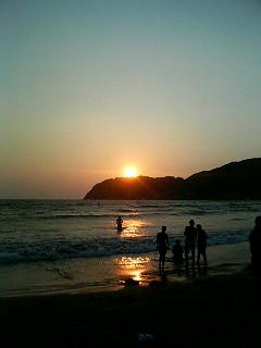 ソンの浜辺_a0103940_154080.jpg