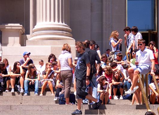 メトロポリタン美術館前の大階段_b0007805_223653100.jpg