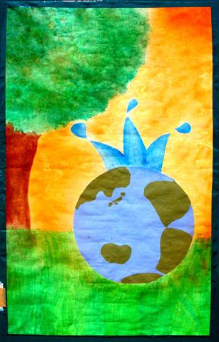 21枚の「環境」をテーマとした大きな絵を展示中_f0105218_11311371.jpg