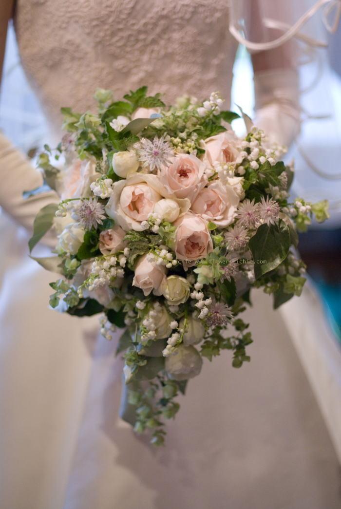 新郎新婦様からのメール アロマ2 ラ・ビュット・ボワゼ様への夏の装花_a0042928_22371221.jpg