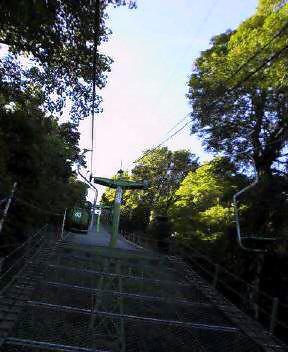 リフトにて  登山中_c0089831_8451570.jpg
