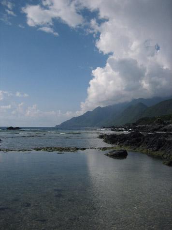 栗生の浜と夏の雲_c0107829_12254124.jpg