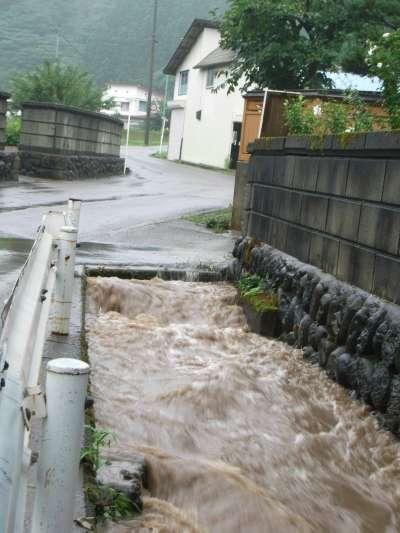 またもや洪水_b0084826_642592.jpg