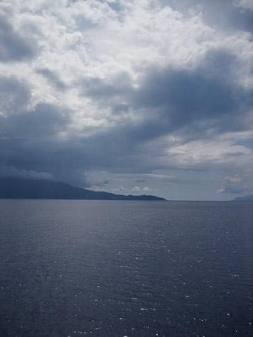 離岸する日_c0107829_835294.jpg