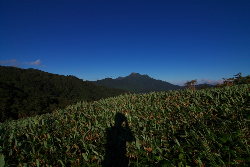 8/14 山へ向かう 2 しらざ峠_a0060230_2345611.jpg