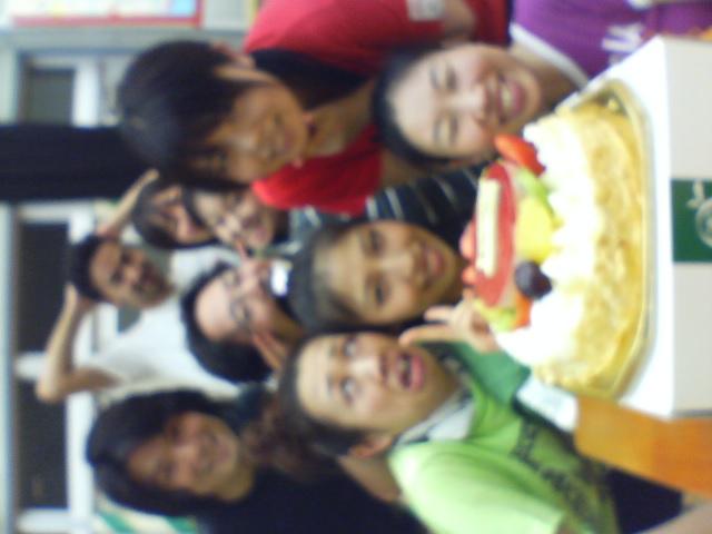 お誕生日おめでとう!_f0138311_1284188.jpg