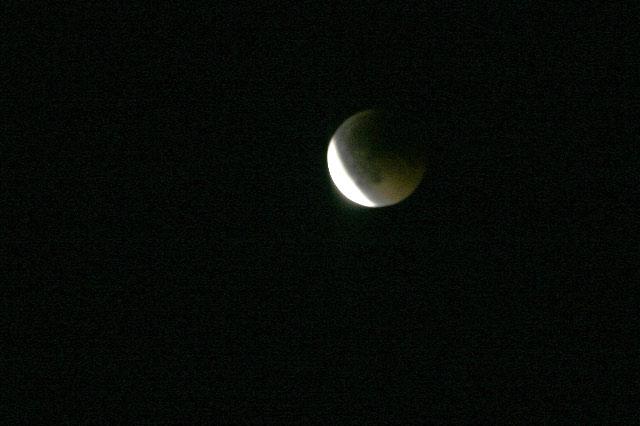 皆既月食_e0100772_22393033.jpg