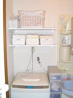 兵庫県 K邸 洗面所の収納_e0029282_1438854.jpg