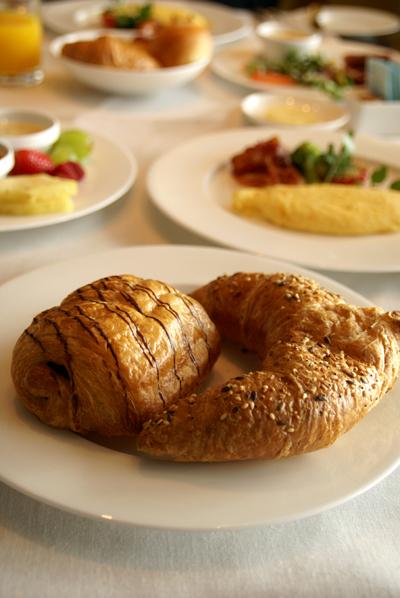 朝食をご一緒に Vol.4_d0028499_9494546.jpg
