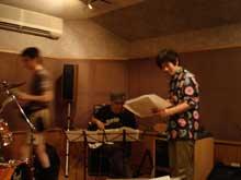 ●スタジオに天使が降りてくる_b0010487_7244246.jpg