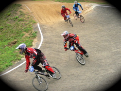 2007東日本BMX選手権大会inひたちvol10 G13才オーバー、B5~8才クラス決勝の画像垂れ流し_b0065730_21114941.jpg