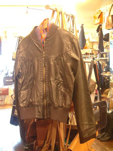 "CARBOOTS NEW ITEMS!! ""Lady\'s Leather Jacket & other\""_f0144612_22131850.jpg"