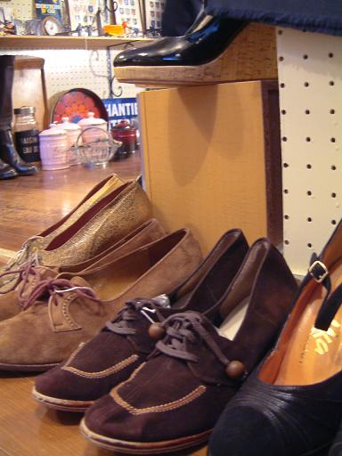 "CARBOOTS NEW ITEMS!! ""Shoes\""_f0144612_232766.jpg"
