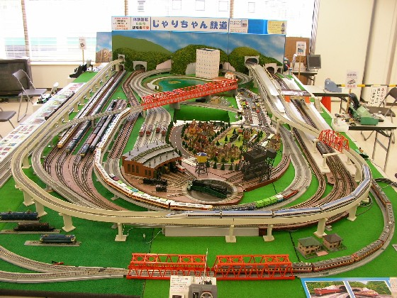 親子で遊ぼう鉄道模型in彦根 報告_a0066027_22483222.jpg