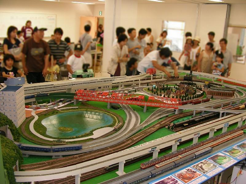 親子で遊ぼう鉄道模型in彦根 報告_a0066027_22485146.jpg